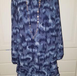 Flowy full sleeved dress